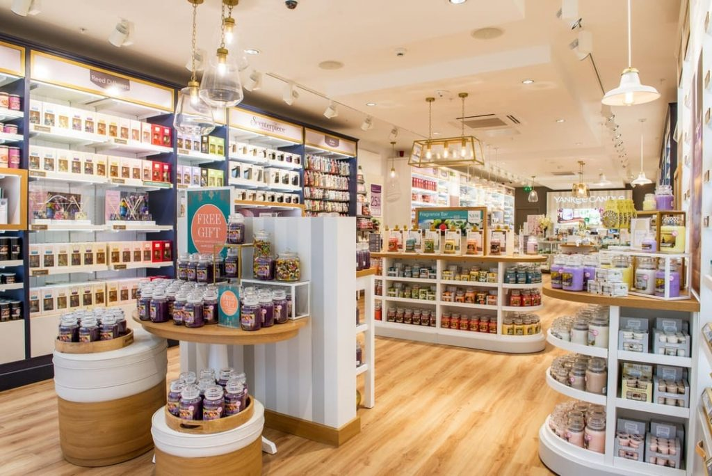 I designed store navigation/furniture headers using the latest Yankee Candle creative branding. Promotional POS artworked using partner agency thematics.